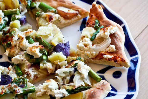 Potato, Asparagus and Goat Cheese Pizza