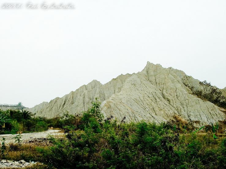 燕巢月世界 惡地地形 高雄燕巢景點