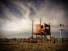 Il Bagnino (Alessandro Pinna) Tags: sea summer hot warm mare estate lifeguard caldo bagnino platinumphoto ultimateshot