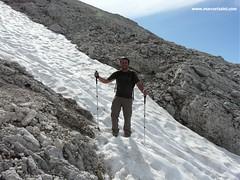 La neve ancora presente sul sentiero