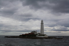 St Mary's Lighthouse under glowering skies (Inglewood Mum (Chris)) Tags: sea sky lighthouse storm history island tp coulds causeway whitleybay tynewear theloveshack spiritofphotography