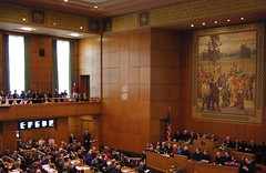 800px-Oregon_Legislature_2009_opening