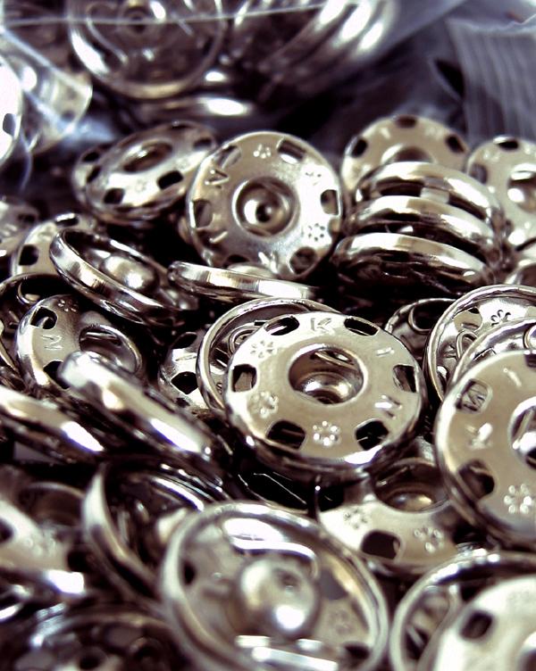press buttons 2