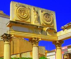 templo de diana, ngulo lateral (Clo McBeal) Tags: romano romanempire extremadura spqr imperio imperioromano