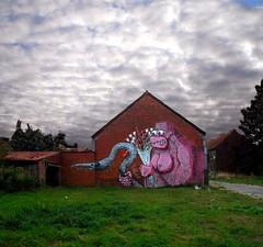street art Doel - Roa vs Resto vs Santos (_Kriebel_) Tags: street streetart art graffiti belgique belgië santos resto roa doel kriebel oostvlaanderen roabot 12sept2009