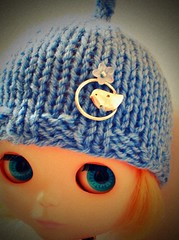 Tuittt! Tuitttt! Blue helmet with the little sparrow