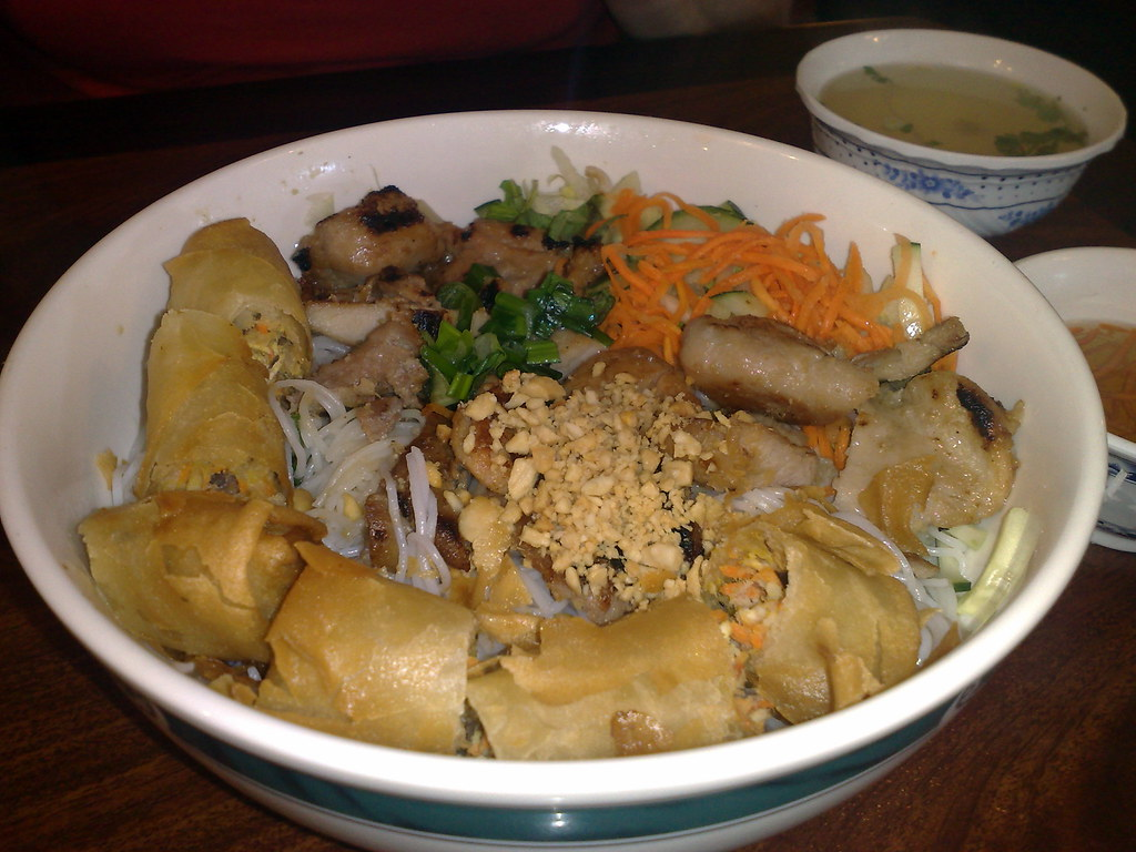 BBQ Chicken and Egg Roll Vermicelli