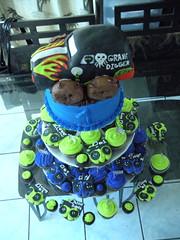 Grave Digger (fun2decoratecakes) Tags: birthday tower grave cake first cupcake digger monstertruck cupcaketower
