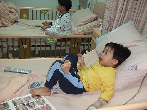 佑、彥腸病毒住院003