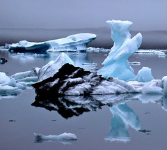 "2nd take of ""Captain blue ice"" (ystenes) Tags: ice reflections iceland sland blueice  jkulsarlon captainblueice"