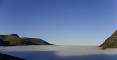 Sea Of Cloud (Paul Sivyer) Tags: mountain mountainsnaps paulsivyerwildwales temperatureinversioncloud tryfanygarncarnedddafydd