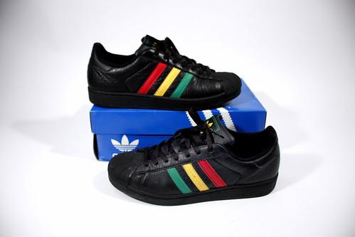 Historia de las marcas - Adidas