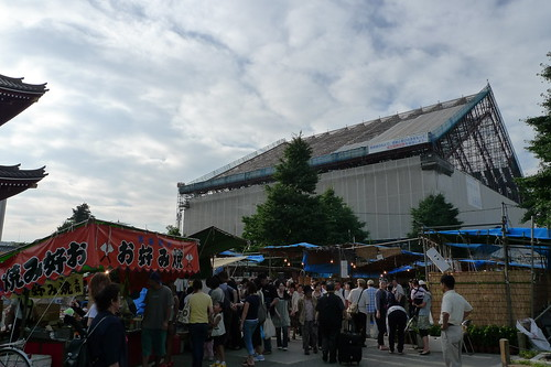 Main hall of Senso-ji is under renovation 3