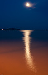 i (.vpeter) Tags: bridge blue orange moon lights hungary sliver balaton hold hd badacsony ezst