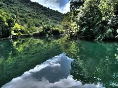 Croazia - Fiume Cetina (Marioleona) Tags: reflections riviera croatia mario reflexions riflessi croazia hdr dalmatia makarska cetina igrane omis dalmazia mariobrindisi