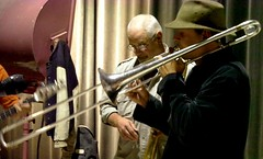 EE suspicious trombones