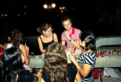 9212 (Gian Franco Costa Albertini) Tags: girls boy man beer night noche women cerveza chicas cans chico 2008 mujeres hombre latas
