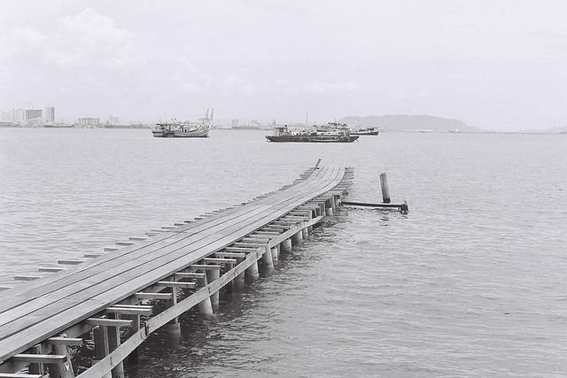 姓周橋•黑白