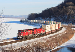CP 199; Maple Springs, MN (Ottergoose) Tags: gevo stacktrain containertrain es44ac maplesprings ac400cw intermodaltrain cp199 cp8840 cp9613 cpriversub