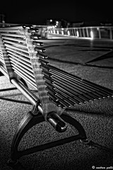 (andrea.galli) Tags: bw night canon lights focus mare dof steel details bn luci notte pdc versilia pontile panchina lidodicamaiore plat