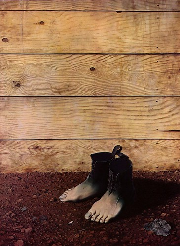 Magritte feet