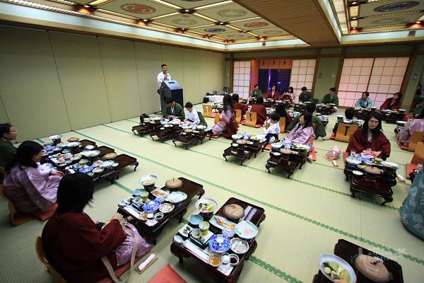 2009北海道-D1-4-湯之川飛天_02.jpg