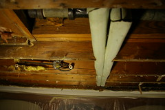 Cracked joist (opposite side)