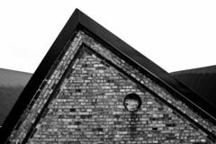 Bricks (Hkan Dahlstrm) Tags: bw wall triangle sweden schweden bricks sverige helsingborg sude svezia skanelan powmerantusenord