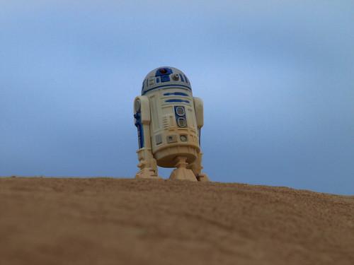 R2 on hilltop
