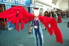 Comic Con 2009: digimon (earthdog) Tags: 15fav costume sandiego cosplay wing bone comiccon 2009 digimon unknownperson sdcci comiccon09 upcoming:event=958403 upcoming:event=1494437 airdramon needscamera needslens