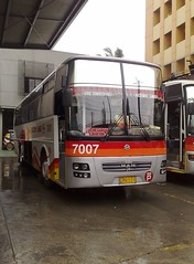 VLI 7007- You the MAN! (Api II =)) Tags: santa man bus rosa victory sr liner modulo kamias cvl 7007 vli 18280