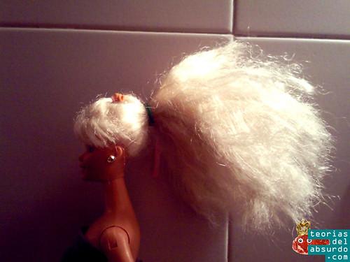 barbie con el pelo recogido en una coleta