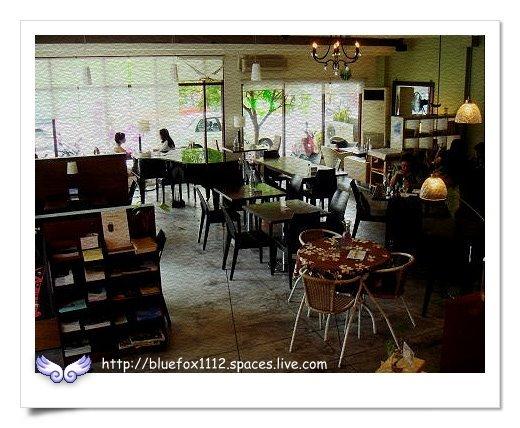 090918-1花宜6輪4日遊_璞石咖啡館06_從另一個角度看客席