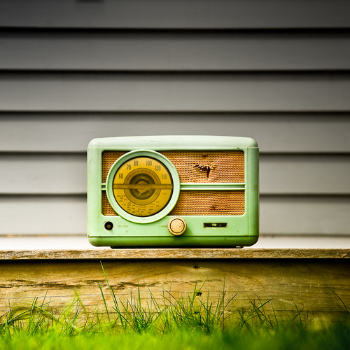 Cuba Gallery: Radio / vintage / retro / grass / wood / background