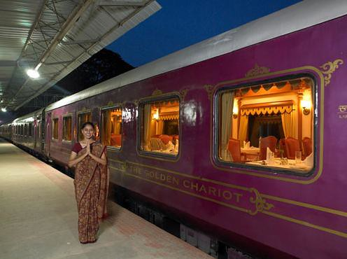 The Golden Chariot at platform (India)