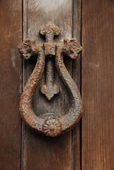 319 (Ravages) Tags: door wood metal rust iron colours unitedkingdom minimal frame knocker ravages chandrachoodan comp exmoor northdevon cullompton