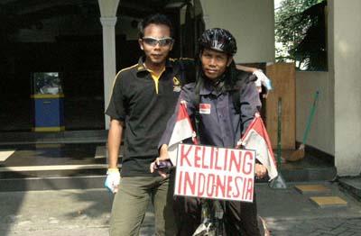 Egi Suryana Bersama Kontributor ZS Yogyakarta (KD)