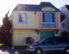 inspired by paas (greenkozi) Tags: sanfrancisco pink blue sunset car yellow pastel ugly utata overexposed van minivan foundinsf blownout sunflare poortaste ithink foundsf 35mm14l 50d thursdaywalk thehousefiles utata:project=tw210 tooeasyforguesswheresf sawlotsofthose okichangedmymind goingtogiveittoguesswheresf