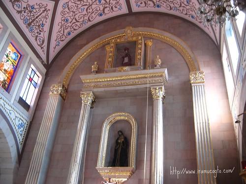 Interior de la Iglesia San Jerónimo