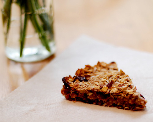 banana oat bars 034