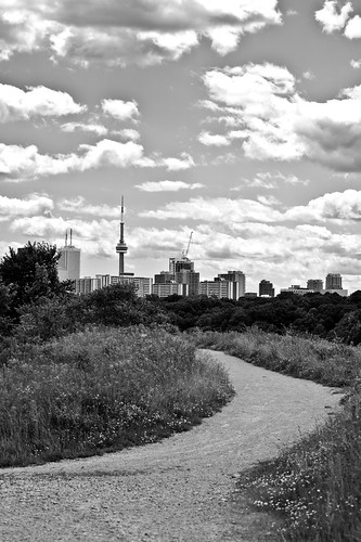 Path to the CN Tower