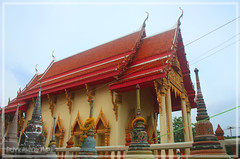 Thai Temple (Puykamo@Tai) Tags: trip travel beautiful thailand lights tour handmade thai neat thaitemple nonthaburi   kohkret puykamo pakkret thaiproduct     thaitexture watsanamneau