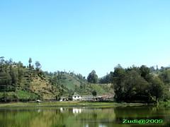 Ranu pane lake , Semeru (Toraja Bali) Tags: hijau semeru rumah kayu danau pohon rumput ranupane jatim mushola lumajang