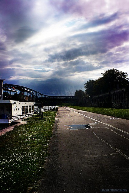 Rain by lidddia