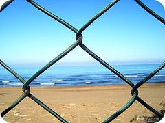 barriere (eLeO'...) Tags: sea sky beach photography sand mare estate cielo link 2009 spiaggia barriere sabbia summe eleo sferra