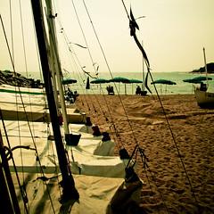([ZicoCarioca]) Tags: sea sky beach photography boat mar photo sand mediterranean waves barco foto photographie image horizon playa images arena ciel nave photograph cielo plage olas ona carioca zico mediterráneo horizonte imagery platja velero zicocarioca