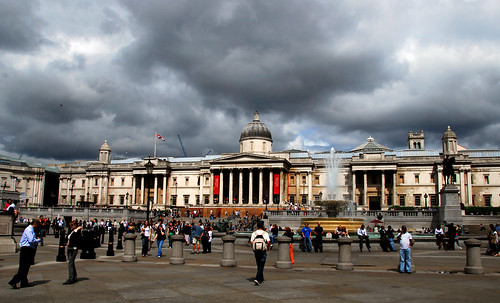 clouds over the national gallery, london