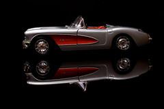 CC-C1 (K3m.) Tags: auto light chevrolet car umbrella canon toy eos 50mm model f14 flashlight lampa corvette cabrio ef strobe cabriolet k3m 50d zabawka parasolka strobist ex580ii k3em kbriolet