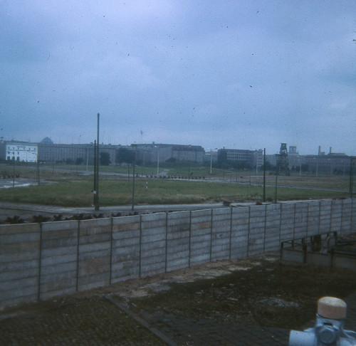 memoriarobada030-BERLIN-1966