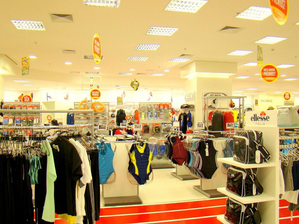 ac557e8d83 Shopping Aricanduva - Centauro - Reinauguração (aricanduva) Tags  shopping  center tenis times reforma